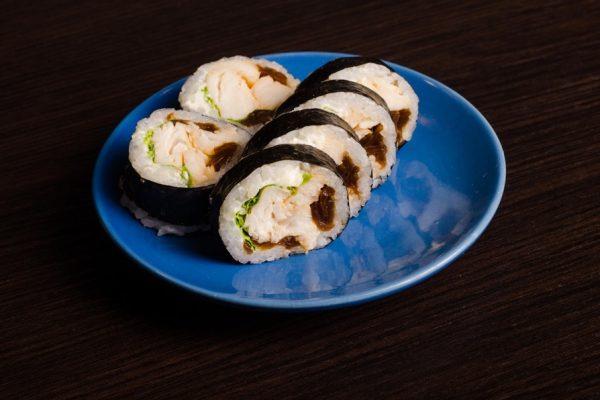 6-Maki z pieczoną rybą maślaną z sosem kabayaki
